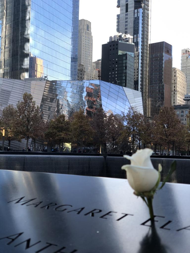 9-11 memorial pool New York City heiditravelsusa.nl